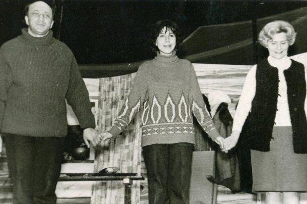 Г. Мамлин «Антонина». 1974 год. Жена – Е. Линде, муж – В. Величкин, дочь – Л. Дмитриева